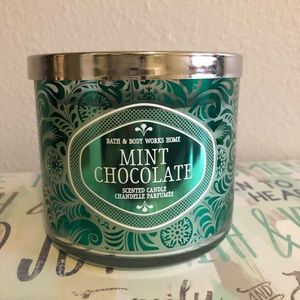 Mint chocolate bath and body works candle